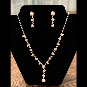 """New"" David's Bridal beautiful necklace & earrings"